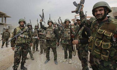 Quan doi Syria mo chien dich moi giai phong Dong Aleppo - Anh 1