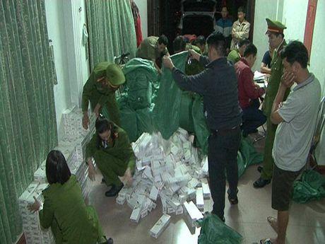 Thua Thien - Hue: Lien tiep bat giu thuoc la lau va noi tang dong vat hoi thoi - Anh 2