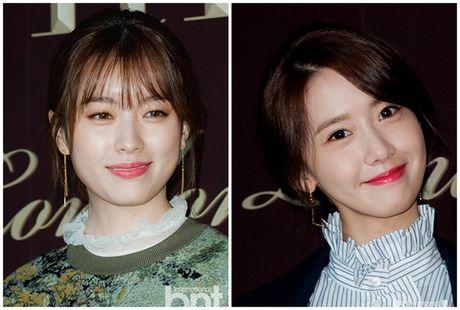 Han Hyo Joo va Yoona (SNSD) thi nhau khoe sac giua mua dong - Anh 1