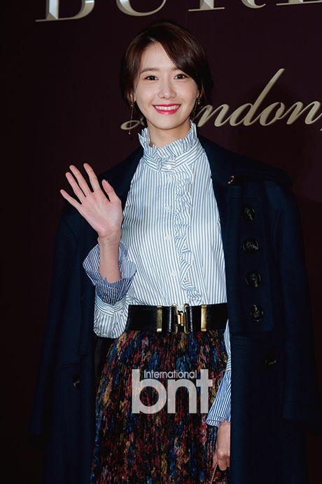 Han Hyo Joo va Yoona (SNSD) thi nhau khoe sac giua mua dong - Anh 9