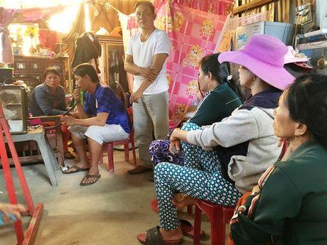 Khan truong tim kiem 11 ngu dan gap nan tai vung bien Hoang Sa - Anh 1