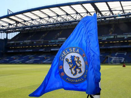 "Chelsea bi to ""bit mieng"" nan nhan bi xam hai tinh duc - Anh 1"