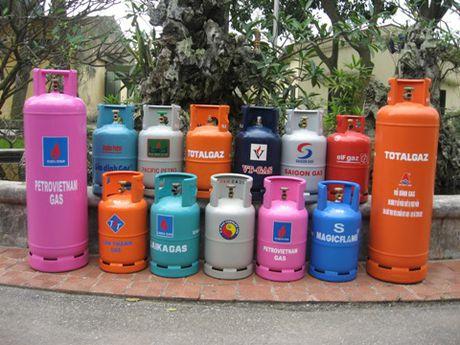 Tu ngay mai, gia gas o TP.HCM se giam 2.500 dong/binh 12kg - Anh 1