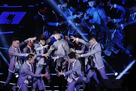 Thu Minh khuay dong san khau MTV Connection bang loat hit cua Ha Ho, Toc Tien - Anh 5