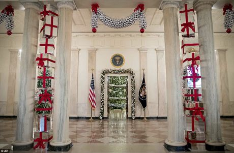 Nha Trang trang hoang don Noel cuoi cung cua Tong thong Obama - Anh 26