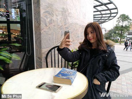 So sanh camera Samsung Galaxy C7 va Xiaomi Mi 5s Plus - Anh 26