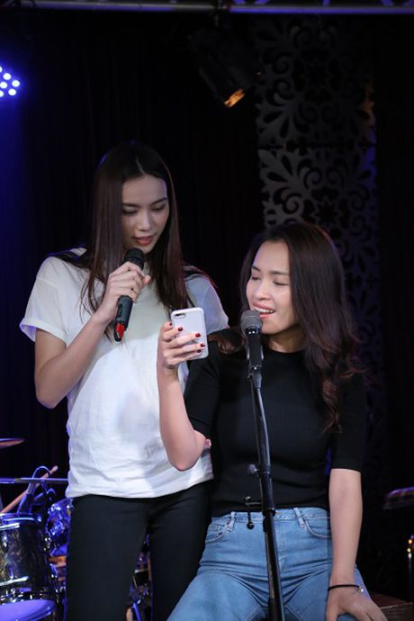 My Tam, Hong Nhung than thiet sau hau truong - Anh 7