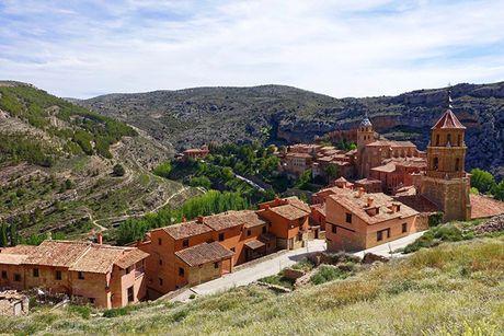 Den tham Albarracin de 'lui ve qua khu' - Anh 5