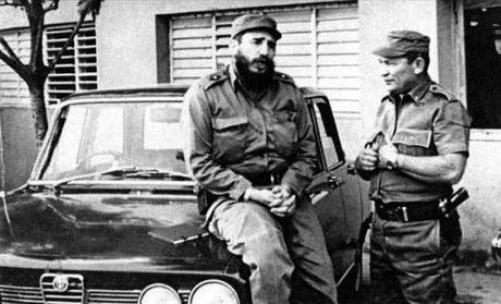 Nhung chiec xe gan lien voi lanh tu Cuba Fidel Castro - Anh 4