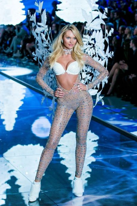 Victoria's Secret Fashion Show 2016 vang bong 12 thien than chu chot - Anh 2