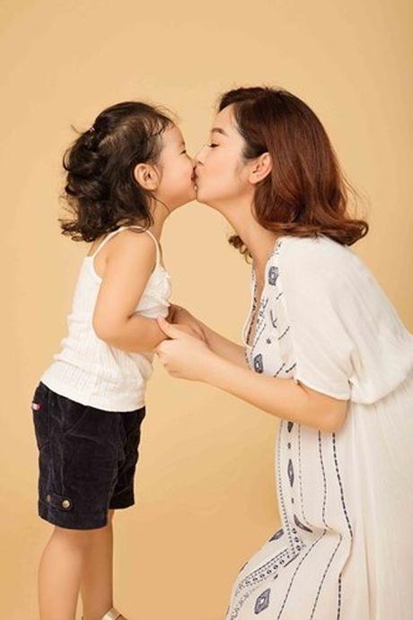 Jennifer Pham co bau 7 thang van yeu kieu - Anh 2