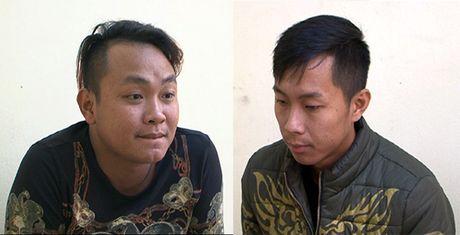 Quang Ninh: Bat 2 doi tuong con do danh dap phu xe - Anh 1