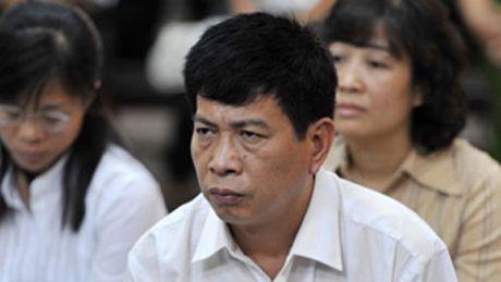 Cuu TGD PMU 18 Bui Tien Dung duoc de nghi dac xa nam 2016 - Anh 1