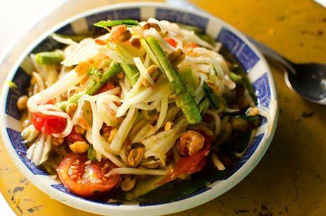 Mon goi du du chua cay man ngot kieu Thai gion ngon hap dan - Anh 1