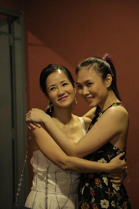 Thu Minh cuc 'xi tin', My Tam 'om ap' Hong Nhung tap luyen cho show dien dang cap - Anh 3