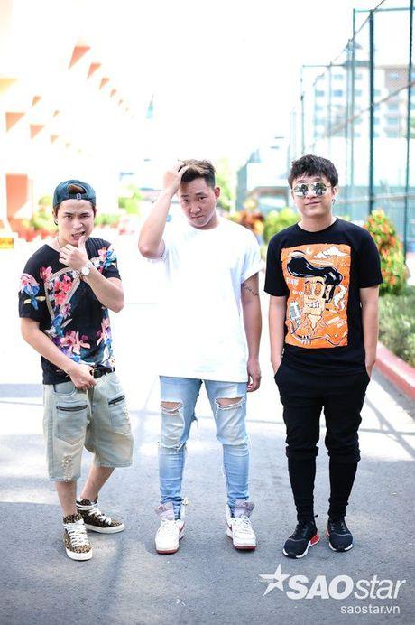 Yanbi lap team cung Yen Le 'chinh chien' The Remix New Generation 2017 - Anh 1