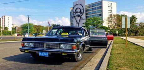 7 chiec xe gan lien voi cuoc doi lanh tu Fidel Castro - Anh 6