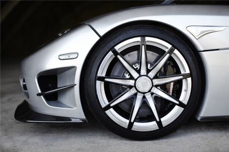 Kham pha sieu xe cuc hiem 'det kim cuong' Koenigsegg CCXR Trevita - Anh 6