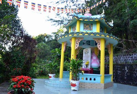 Chua Su Muon – di tich khong the bo qua o Phu Quoc - Anh 13