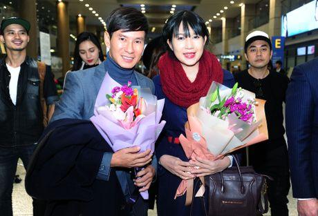 Vo chong Ly Hai tro lai Han Quoc sau su co phien dich - Anh 1