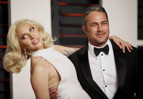 Lady Gaga mo long ve viec chia tay nam dien vien Taylor Kinney - Anh 1