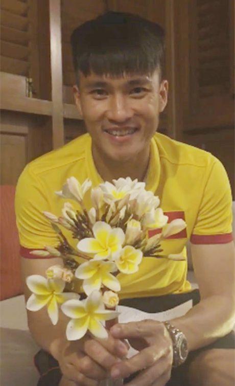 Thuy Tien tiet lo 'soc' ve Cong Vinh - Anh 3