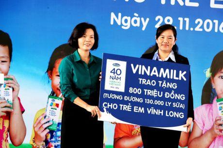 Hanh trinh trao sua den voi Vinh Long - Anh 1