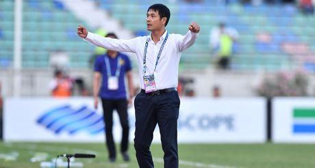 HLV Nguyen Huu Thang noi gi voi AFF News? - Anh 1