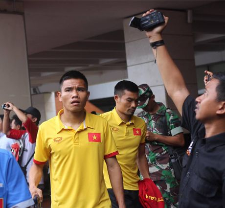 Nguoi ham mo Indonesia chao don tuyen Viet Nam - Anh 7