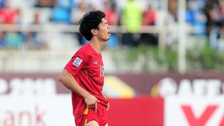 Tuyen Viet Nam truoc tran ban ket AFF Cup: Cho gi o Cong Phuong - Anh 1