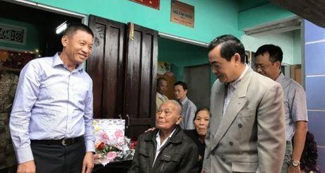 PVFCCo giao 10 can nha tinh nghia tai Quang Nam - Anh 1