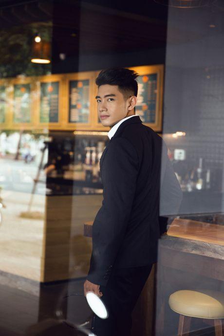 Quang Dang bat ngo hoa 'nam than' hut hon fan nu - Anh 4
