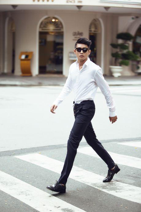 Quang Dang bat ngo hoa 'nam than' hut hon fan nu - Anh 5