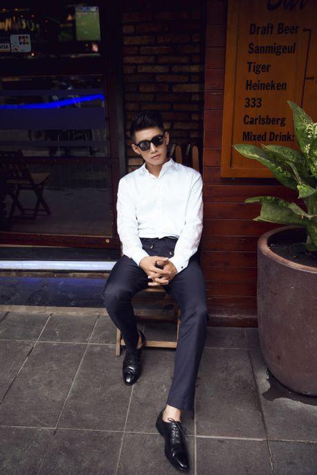 Quang Dang bat ngo hoa 'nam than' hut hon fan nu - Anh 6