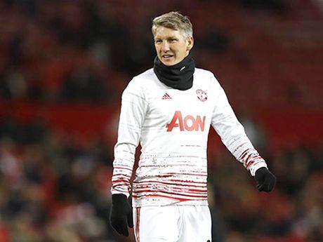 Man United: Den luc trao co hoi cho Schweinsteiger - Anh 1