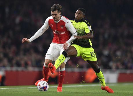 Doi hinh tre trung giup Arsenal 'vuot ai' Southampton - Anh 5