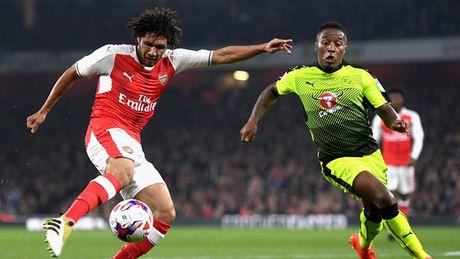 Doi hinh tre trung giup Arsenal 'vuot ai' Southampton - Anh 7