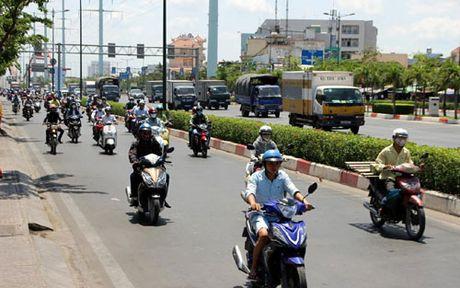 CSGT huong dan nguoi dan lam thu tuc dang ky xe chinh chu - Anh 1