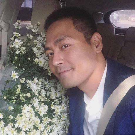 MC Phan Anh noi gi sau khi bi doi tien ung ho mien Trung? - Anh 1