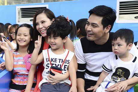 Vo MC Phan Anh lan dau chia se ve viec lam tu thien cua chong - Anh 2