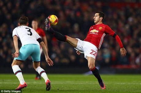 Cham diem Man Utd 4-1 West Ham: Do moi la Mkhitaryan va Ibrahimovic - Anh 3