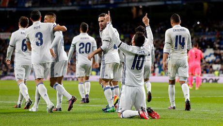 Zidane ra san va ghi ban, Real lai 'huy diet' Leonesa - Anh 7