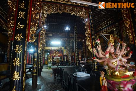 Canh tuong nhoi long tai ngoi chua co 'cho sap' o Sai Gon - Anh 6