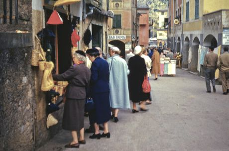 Cuoc song o Italy hoi giua thap nien 1950 - Anh 8