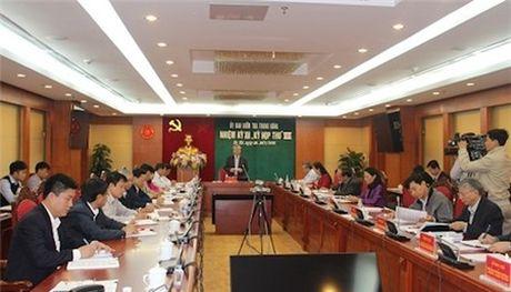 Nhieu lanh dao bi ky luat trong vu ong Trinh Xuan Thanh - Anh 2