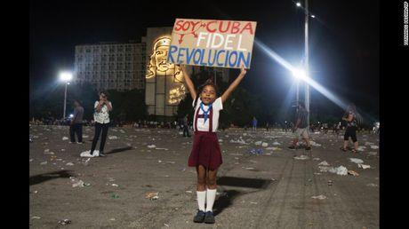 Cam dong nguoi dan Cuba noi loi tam biet lanh tu Fidel Castro - Anh 7