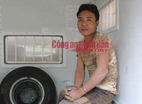 Nam thanh nien sat hai 4 nguoi trong dong toc o Ha Giang - Anh 1