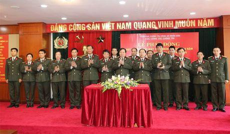 Thi dua dac biet chao mung ky niem 50 nam Ngay thanh lap Cuc Cong tac chinh tri - Anh 1