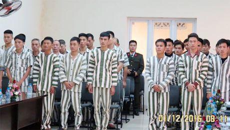 Trai giam Hai Phong cong bo quyet dinh dac xa - Anh 2