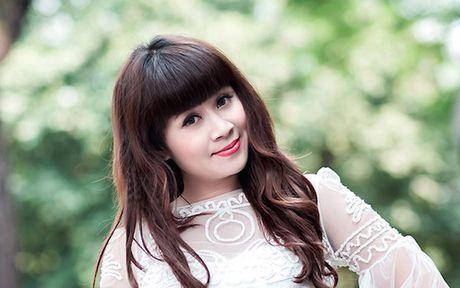 Huong Giang Idol di xe 4 ty den hop bao 'The Remix' - Anh 5